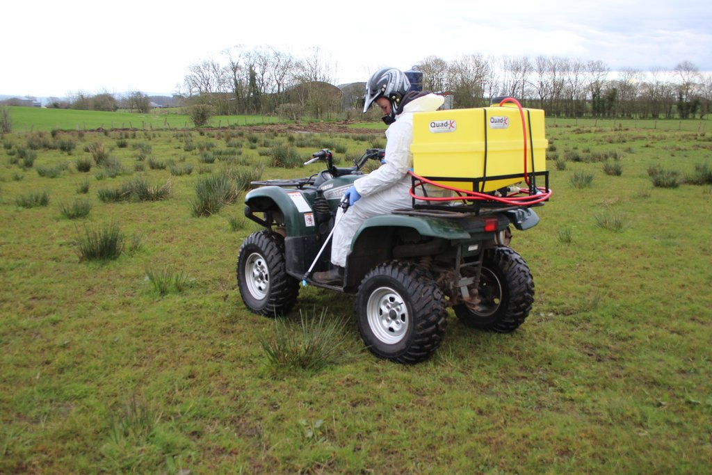quad x 135l pro spray elite plus atv farm equipment weed rh whateverwheels co uk